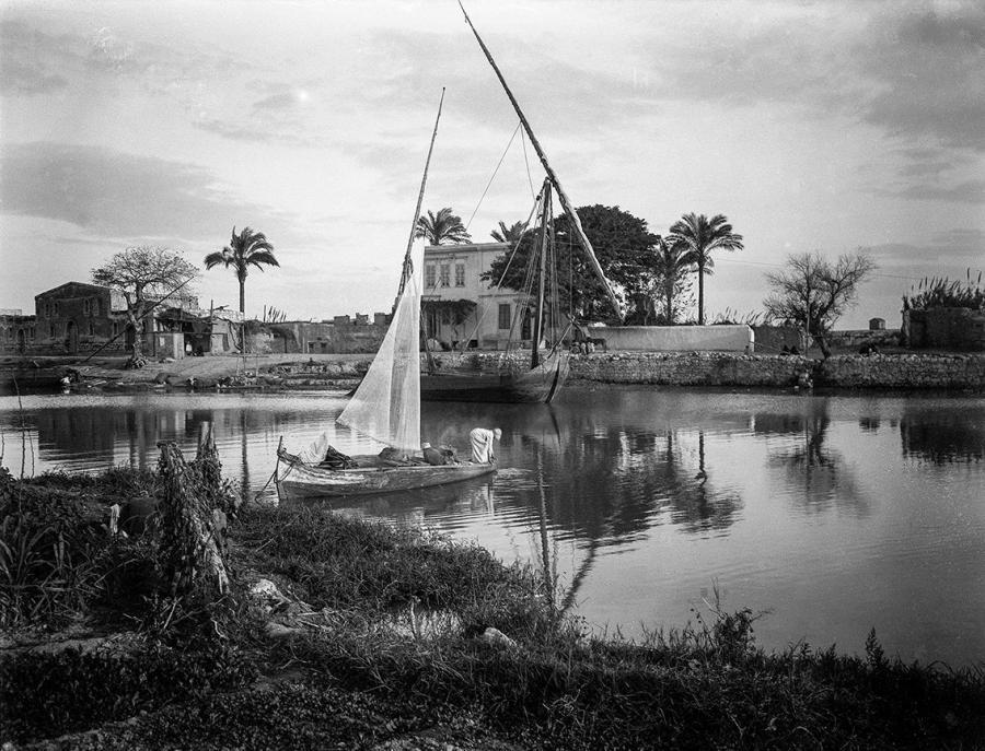 Μαίρη Παρασκευά: Στις όχθες του Νείλου, 1903 ή 1912