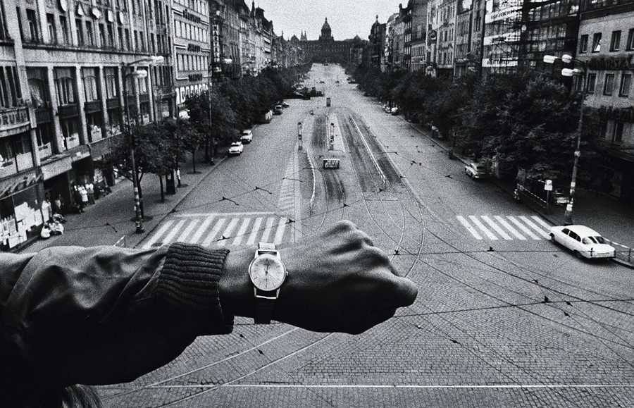 Josef Koudelka: Wenceslas Square, 22 August 1968